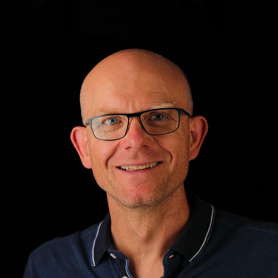Dirk Scharrenbach
